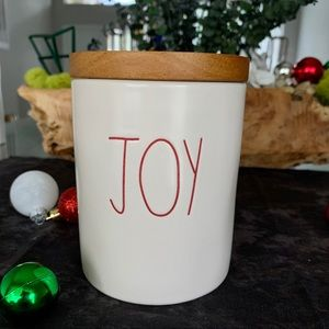 🎄Rae Dunn Christmas Canister 'JOY' With Lid🎄